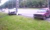 В Сумах авто врезалось в припаркованную легковушку и столб (видео)