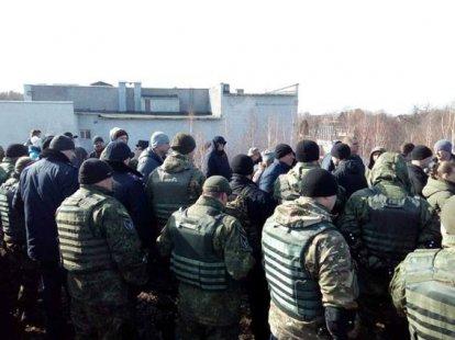Милиция Украины открыла уголовное дело пофакту блокирования железной дороги вКонотопе