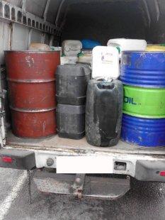 На Сумщине задержали авто с тонной бензина