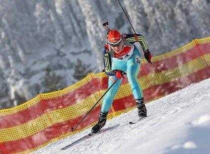 Украинская биатлонистка Меркушина стала лучшей спортсменкой декабря