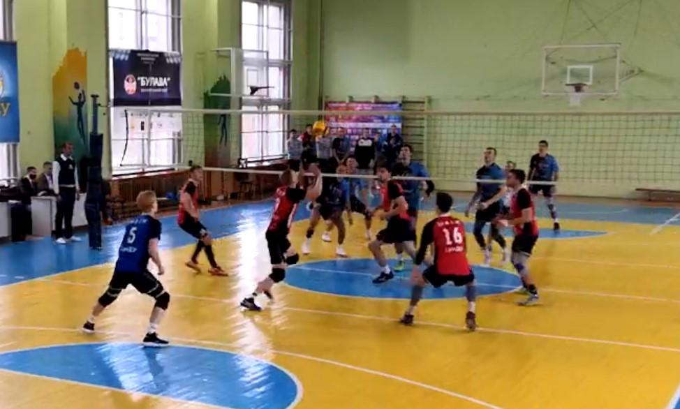 Сумские волейболисты стартовали в новом сезоне
